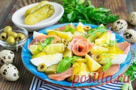 Салат из горбуши, картофеля и маринованных огурцов   Кушать нет