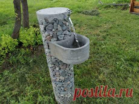 Друзья удивили - сделали себе сами садовый мини фонтанчик-умывальник за 200рублей. | Самострой | Яндекс Дзен