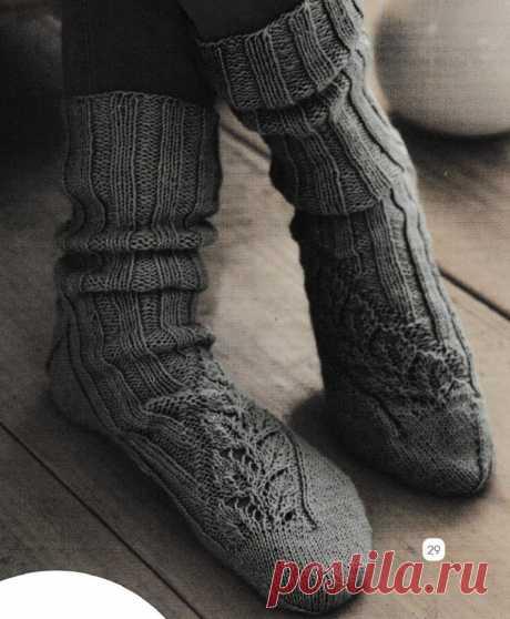 Носки с ажурной полосой спицами. Как связать теплые носки спицами |