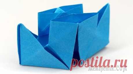 Как сделать кораблик из бумаги. Пошаговая инструкция оригами Бумажный кораблик – это что-то забытое, прямо из детства. Но молодые родители быстро вспоминают об этом, когда подрастает их малыш. Такая незаурядная поделка изготавливается легко и просто, а главное ...