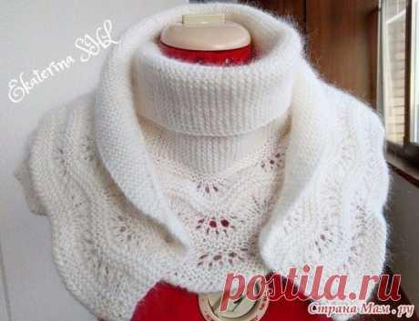 Белый шарф с каймой   вес 200 грамм, длина 150 см. связан в две ниточки  схема каймы, с 5-го ряда вязала платочной вязкой  Описание вязание шарфа с каймой   Вязание тела шарфа.  Вяжем платочной вязкой. Прибавки и убавки делать только с одной стороны шарфа.  1-ая часть вязания:  1) -набрать 3 петли, вязать платочной вязкой 2 ряда, затем делать прибавки, в каждом 4-ом ряду с одной стороны шарфа.-13 раз. На спицах 16 петель  2) -прибавлять в каждом 6-ом ряду -11 раз. На спица...