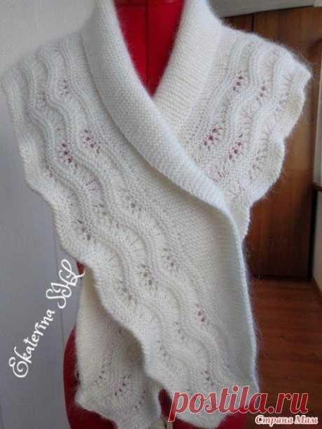 Шикарный и нежный белый шарф - бактус с каймой.