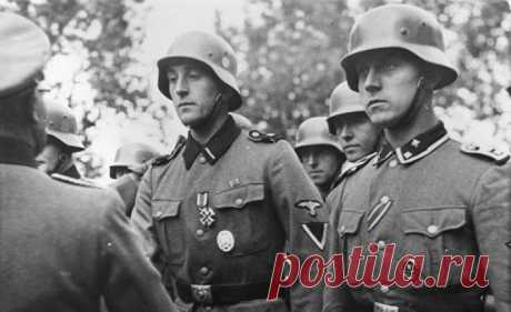 Какие задачи на самом выполняли войска СС Несмотря на частые упоминания о том, что Генрих Гиммлер был создателем СС, это неверно. Однако без его руководства эта структура не стала бы настолько влиятельной и известной. Для Гиммлера эта организация была любимым детищем.