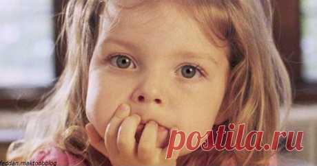 3-летняя девочка помогла маме родить. Вот что она сказала, когда все закончилось Говорят дети :) Эта 3-летняя малышка Катя рассмешила всех, кто прочитал эту историю. Вы непременно должны ее узнать! Случилось так, что в доме одной женщины выключили свет, и одновременно у нее начались стремительные роды...