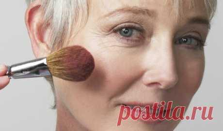 Сбросить 10 лет за 10 минут. Как выглядеть моложе с помощью макияжа | 50+ | Яндекс Дзен