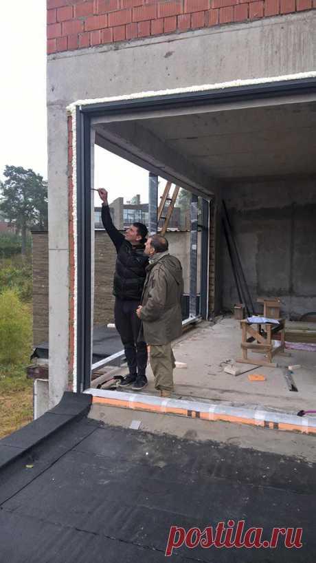 Контроль монтажа конструкций остекления частного жилого дома