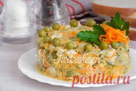 Салат с курицей и солеными огурцами - рецепт с фото