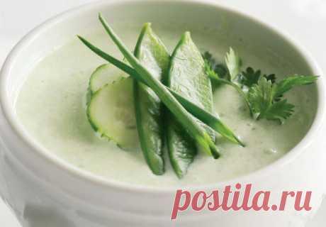 Холодный летний суп из огурцов