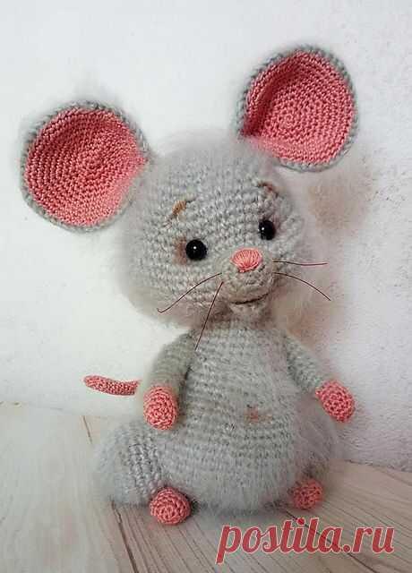 Символ 2020 года - Мышка. Игрушка крючком