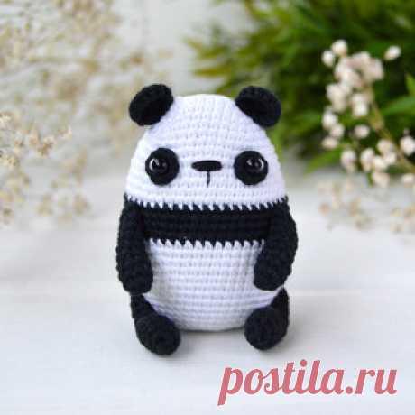 Малыш панда амигуруми. Схемы и описания крючком! Высота игрушки всего 7,5 см.