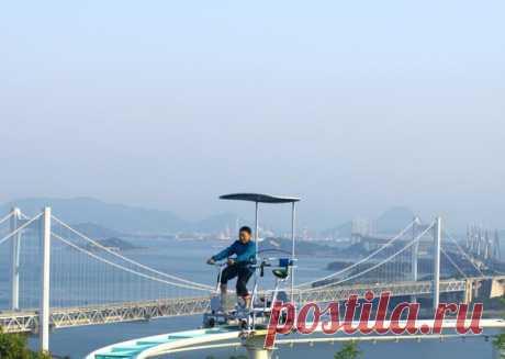 """""""Небесный велосипед"""" – популярный аттракцион в японском городе Курашики"""