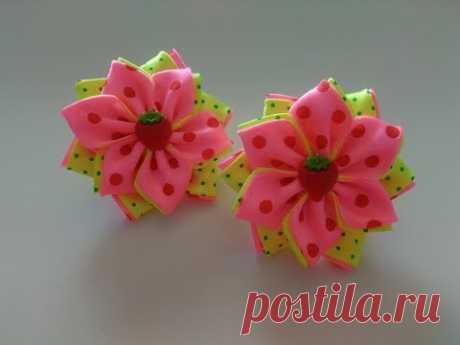 Bows from satin ribbons of MK Kanzasha \/ Fitas de cetim as fitas MK