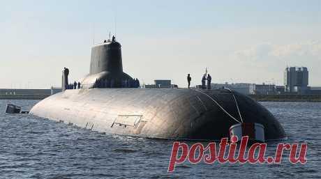 Самая крупная атомная субмарина в мире (8 фото)