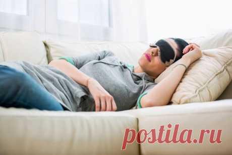 5 способов для получения лучшего короткого сна Стоит попробовать! Вы делаете себе большое одолжение, когда спите в течение дня. Короткий сон может активизировать ваше тело и заставить туманность мозга