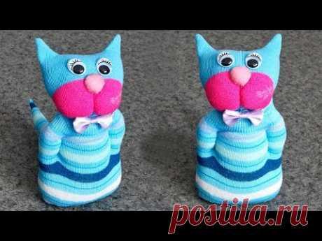 Как сделать кота из носков. Игрушки своими руками