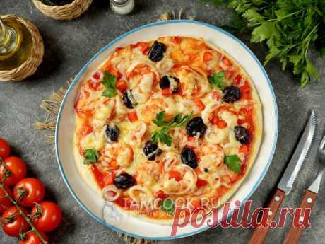 Пицца с кальмарами и креветками