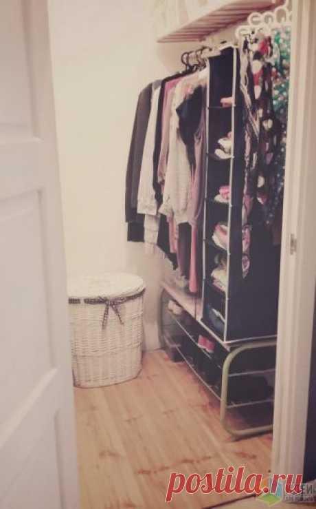 Временная гардеробная комната в квартире, маленькая гардеробная, как сделать гардеробную Всем здравствуйте! Хочу показать вам временный вариант нашей гардеробной комнатки. Хотя прекрасно понимаю, что ничего нет более постоянного, чем временное))) Забегая вперед скажу, что муж, увидев мой энтузиазм, вызвался в...