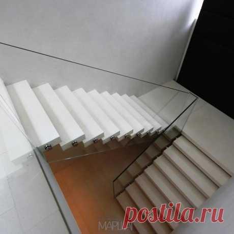 Изготовление лестниц, ограждений, перил Маршаг – Консольной лестницы ограждения стеклянные
