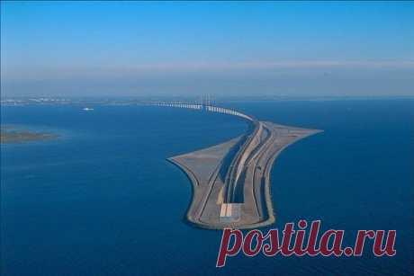 Мост между Данией и Швецией уходит в туннель под водой