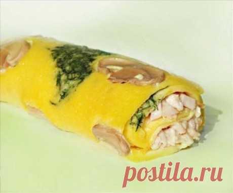 Chicken rolls with mushrooms.