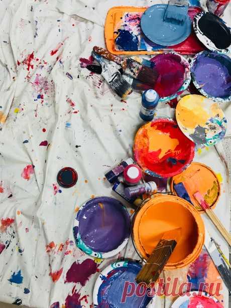 Как правильно выбрать цвет для создания вашего интерьера: отличная шпаргалка по выбору цветов и о том, как их комбинировать правильно. На нашем сайте есть все круги Иттена, руководствуясь которыми, вы не ошибетесь в выборе цвета.   #каквыбратьцвет#кругииттена#шпарагалкапоцветам#инструкциякаккомбинироватьцвета#Владимир#Stonefloor#цветавинтерьере