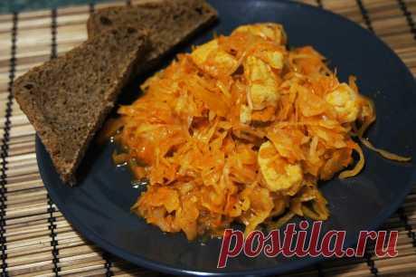 Частое блюдо на наших столах — вкусная тушеная капуста: 5 домашних рецептов.