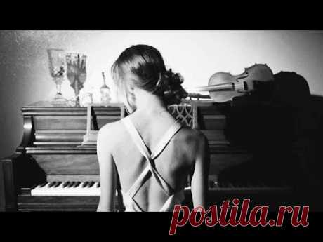 """Moon River"" (Cover) - Sarah Joy - YouTube"