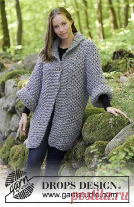 Жакет Гров Объемный кардиган спицами для женщин, связанный из толстой шерстяной пряжи ровничного типа. Вязание модели выполняется узором рис 1 на 1...
