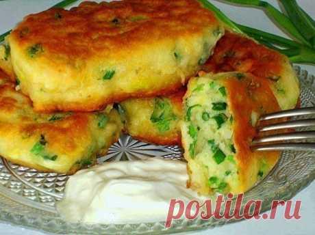 Пышные и вкусные оладьи на кефире с зеленым луком