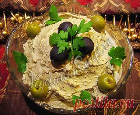 Паштет из авокадо - пошаговый рецепт с фото Вкусный паштет из авокадо и орехов. Никто не догадается из чего приготовлен этот паштет.