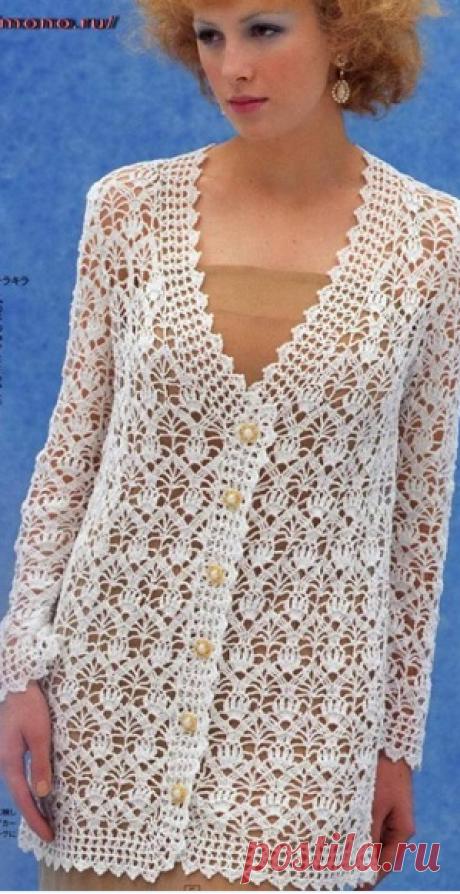 Белый ажурный кардиган | Женская одежда крючком. Схемы и описание Вот такой красивый кардиган из прошлого века я нашла на просторах интернета
