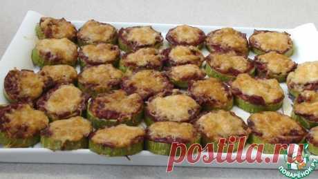 Кабачки, запеченные с соусом и салями Кулинарный рецепт