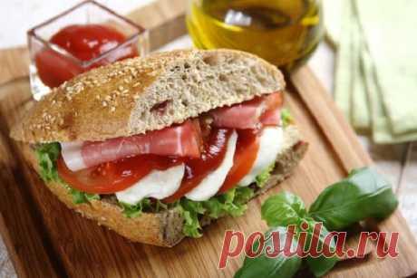 Сэндвичи с сыром ветчиной и помидорами – пошаговый рецепт с фото.