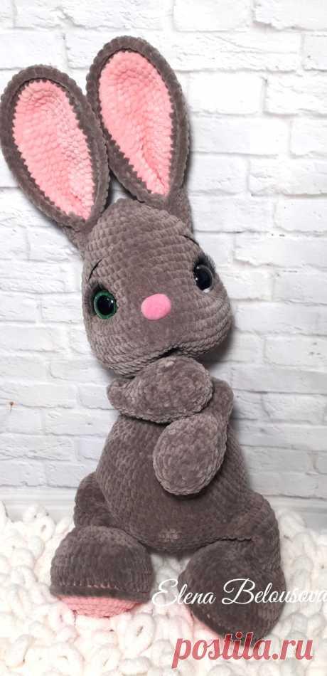 PDF Ушастик крючком. FREE crochet pattern; Аmigurumi animal patterns. Амигуруми схемы и описания на русском. Вязаные игрушки и поделки своими руками #amimore - большой заяц из плюшевой пряжи, плюшевый зайчик, кролик, зайчонок, зайка, крольчонок.