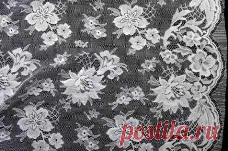 Белое кружево Шантильи - купить ткань онлайн через интернет-магазин ВСЕ ТКАНИ
