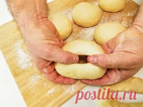 Обильно смажем тесто кипятком / Готовим самые красивые бублики вместо хлеба