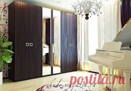 Распашной шкаф цвета Венге с резными фасадами; фото, на заказ