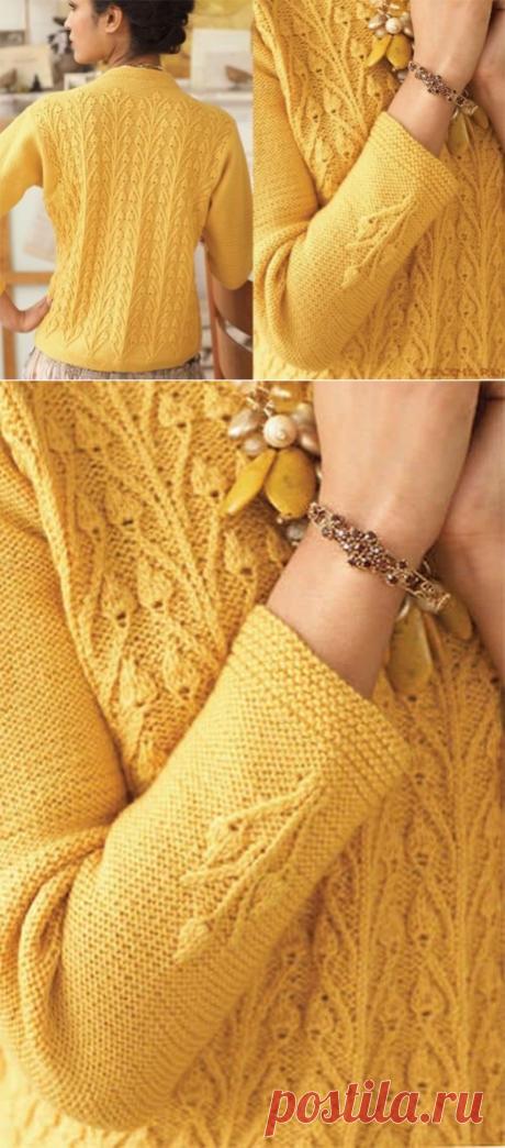 Желтый пуловер с узором «Бутоны»