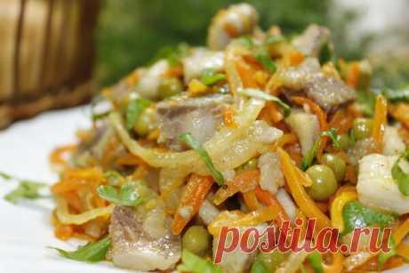 Очень простой и вкусный салат с селедкой. Этот салат никогда не надоедает! | Мастерская идей | Яндекс Дзен