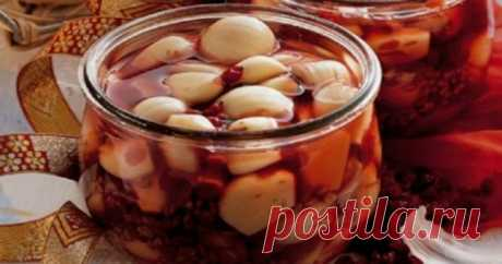 Garlic infused on red wine treats more than 100 diseases! And here, as this mix works …