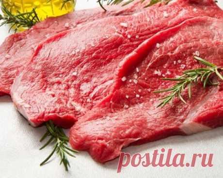 РЕЦЕПТЫ МАРИНАДОВ ДЛЯ МЯСА: ДЛЯ ШАШЛЫКА И ДЛЯ СТЕЙКА. Маринад делает мясо не только мягче и вкуснее, он ещё и делает его безопасным, уничтожая бактерии. Так же, мясо обретает неповторимый аромат и быстрее готовится. Но, если кашу маслом не испортить, то маринадом мясо – легко! Неправильный маринад сделает, наоборот, мясо жёстким, чуть кисловатым, что напрочь подпортит не только блюдо, но и настроение. Предлагаем два варианта маринадов,