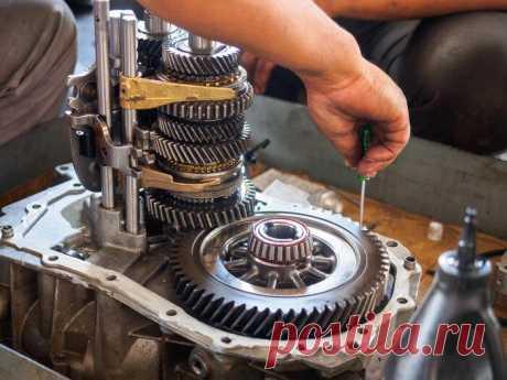Механика или автомат: какая коробка передач лучше подойдет для кроссовера Механика или автомат: какая коробка передач лучше подойдет для кроссовераАвтоматические коробки передач за последние годы шагнули далеко вперед. И хотя таких трансмиссий становится все больше, старая-...