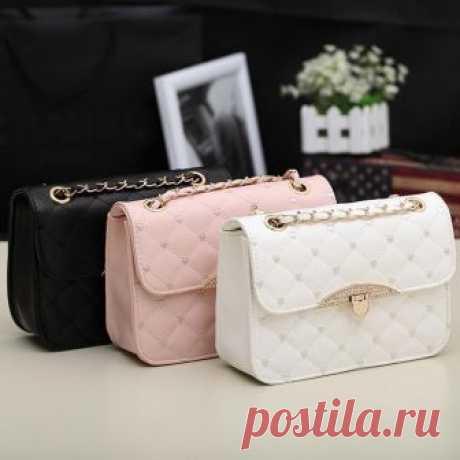 Bag1 корейских женщин пу кожаный Messenger сумка сумка сумки кошелек Бродяга Материал: Синтетические  кожа  3-х цветов для ваших  Выбор: Розовый, белый, черный  Размер: 23(L) x 7(W) x  16(H)см (1 дюйм = 2.54 см)  Стиль: Девушки моды  Плечо сумка  Примечание: Из-за разницы между  разные мониторы, изображение может не отражать реального цвета  элемент. Мы гарантируем, стиль так же, как показано в  фотографии. Спасибо!  Содержание пакета:  1  x сумка    Это азиатский размер, ...