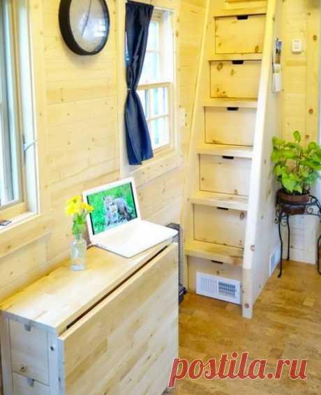 10 вещей, которые не нужны в проекте маленького дома Продумывая скромное пространство дома, стоит учитывать массу нюансов: высоту лестницы, оптимальное количество и размер санузлов и многое другое. Что именно – рассказал архитектор Никита Морозов