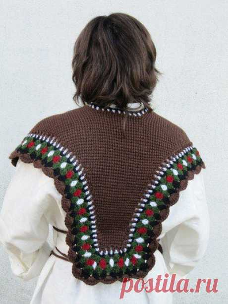 СТАРИННАЯ ШАЛЬ ЗИМНЯЯ 1800 гг Такую шаль носили зимой, так как не было кофт и пальто, Шаль надевали поверх свитера или платья  Шаль вяжется тунисским вязанием и обвязана разными цветами