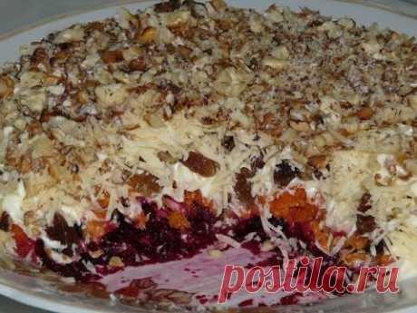 Очень вкусный слоеный салат «Магдалена» - Люблю готовить