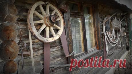 Собрал старые вещи в деревнях и повесил на стену бани | Хозяйство Воронова | Яндекс Дзен