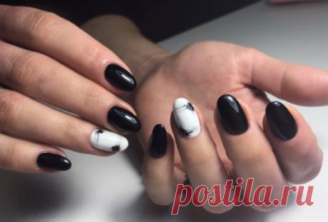 150 лучших фото идей для модного черного маникюра | FİT.ru Единственным условием для модного черного маникюра 2020-2021 является длина ногтей. Идеально смотрится маникюр в черных тонах на коротких, немного округленных ногтях.