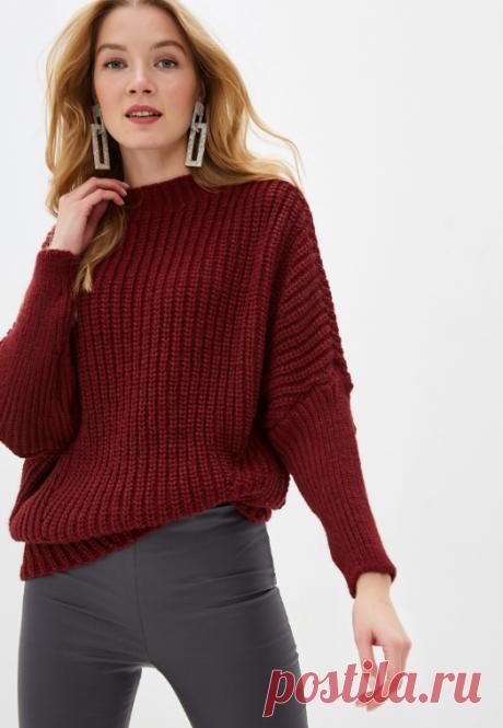 Простой свитер патентным узором