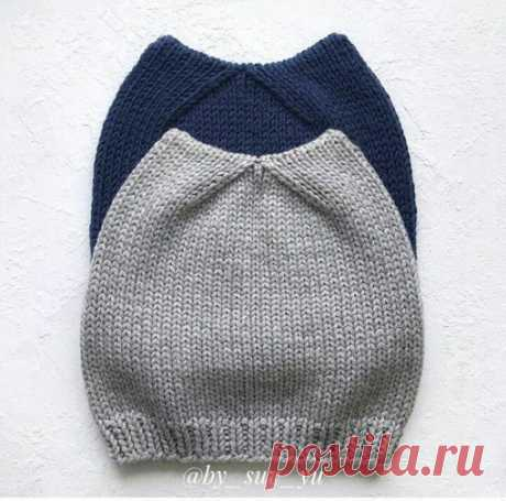 Шапочка с ушками  #шапка_спицами@knit_best, #шапка@knit_best  Подойдет и для мальчика и для девочки.  Источник: https://knitka.ru/31569/koto-shapka-spicami-opisanie-..  Нравится? Жмите репост